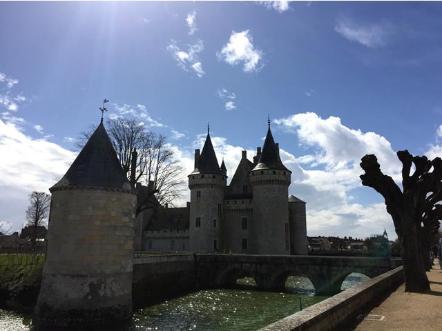Sully-sur-Loire: eind vorige eeuw in privaat bezit en door de nazaten van een adelijke familie bewoond